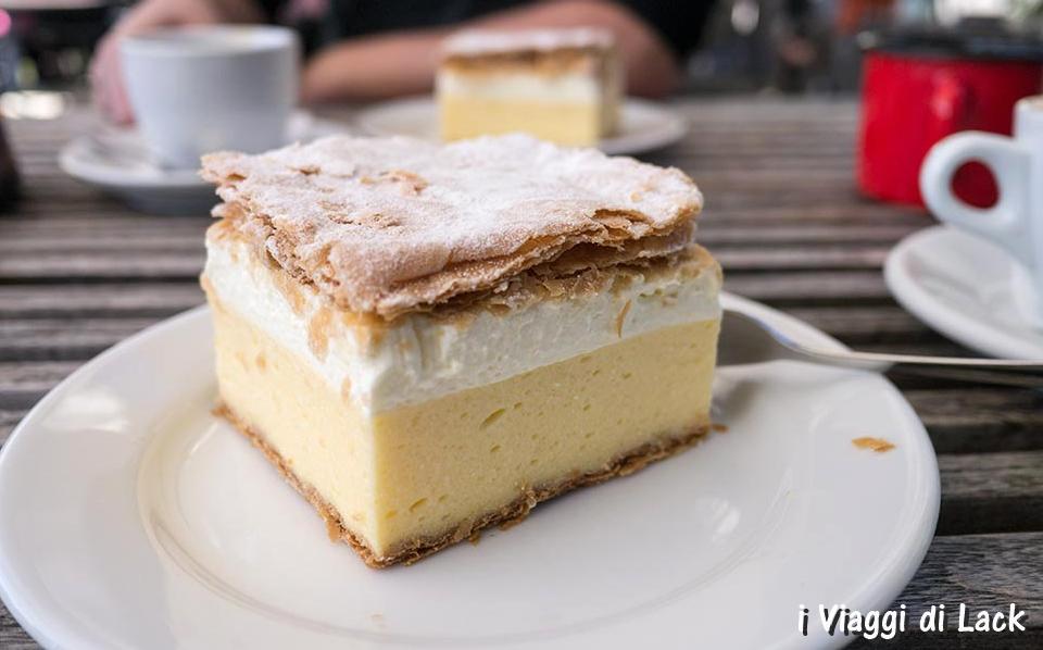 Bled Cake (Kremna Rezina)