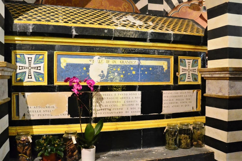 Sarcofago del Conte Mattei