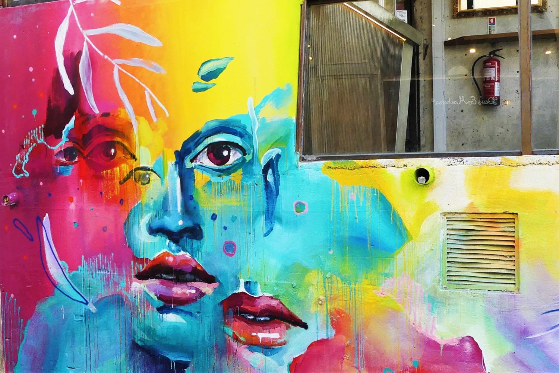 murales con estintore